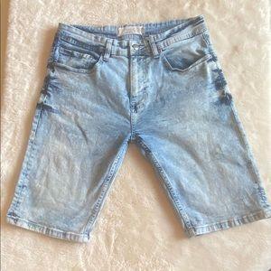 Amazing Shorts ! Jeanuis brand 32 waist